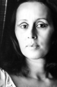 Olga Savary